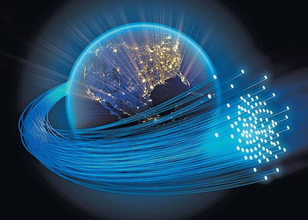 Google Facebook夥華企 建高速光纖跨港美