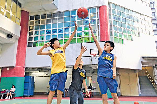 籃球教練組球會 灌輸品格建自信