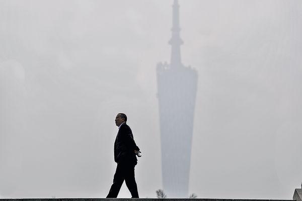 霧霾到廣州 吹北風恐殃港