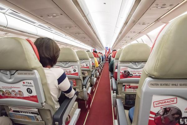 空姐拆解 航機供應物品哪些可拿走
