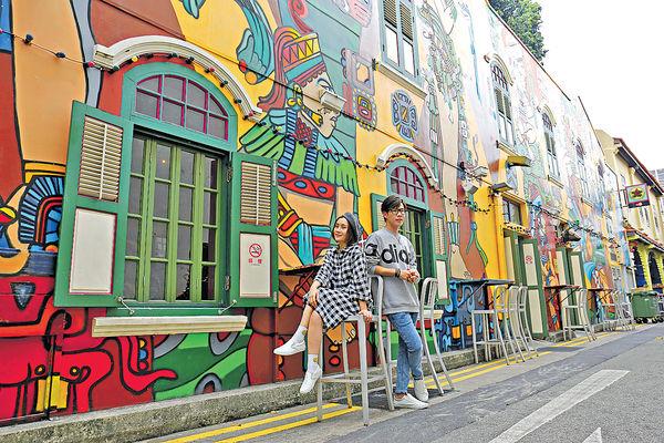 網絡紅人做導遊 拍6短片 《晴報》教你玩轉新加坡