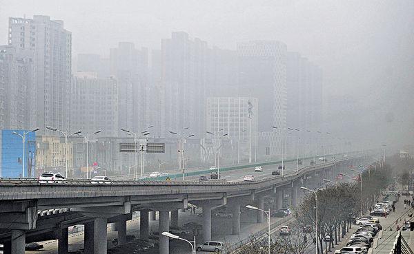 最強霧霾來襲 北方60城市發預警