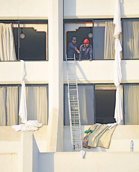 巴國酒店大火11死75傷