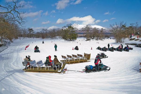 騎雪地電單車 釣冰魚 $15000冬遊北海道9日(上集)