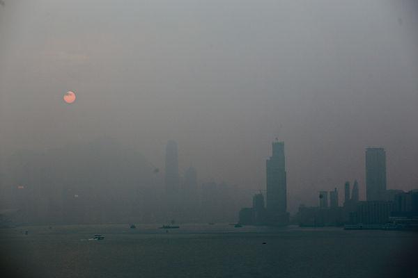 霧霾襲港 空氣急轉差