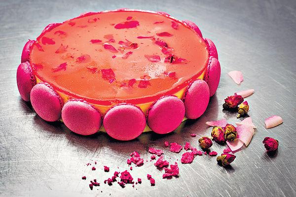 精緻繁花蛋糕甜品