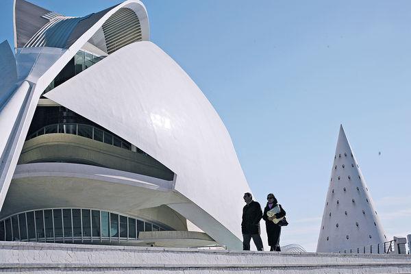 建築詩人卡拉特拉瓦
