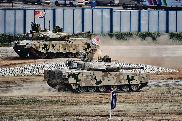 中國武器性價比高 VT-4主戰坦克有市場