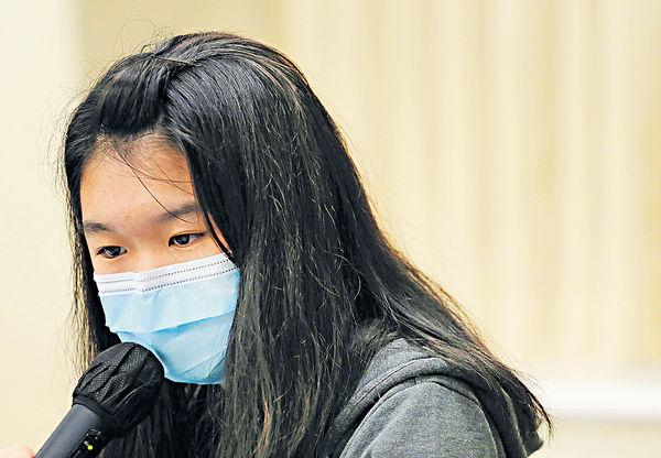 差3個月滿18歲女生 求酌情權捐肝救母