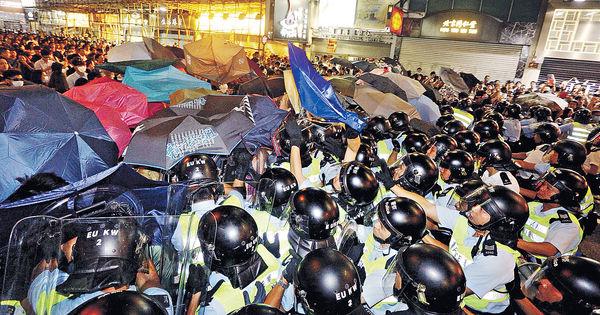 泛民建制圍攻 收回特赦論 胡志偉道歉