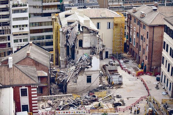 「大館」倒塌 屋宇署檢控承建商