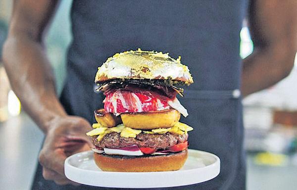 全球最貴漢堡 盛惠$1.7萬