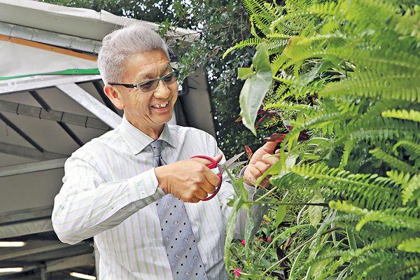 退休中產當農夫 藉耕種教生涯規劃