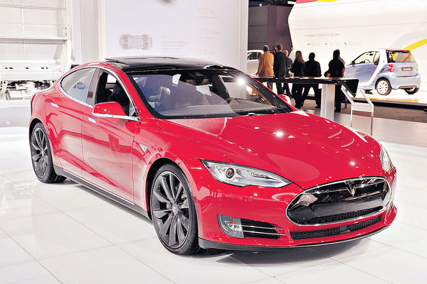 Tesla Model S撞擊測試 未獲完美評分