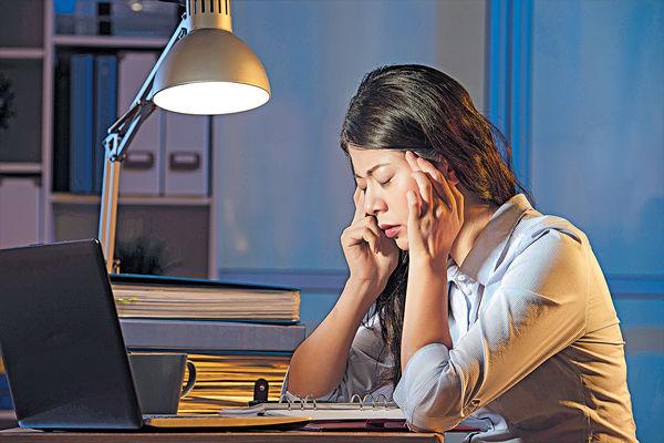 閃爍頻率較鎢絲燈高 用LED燈易頭痛