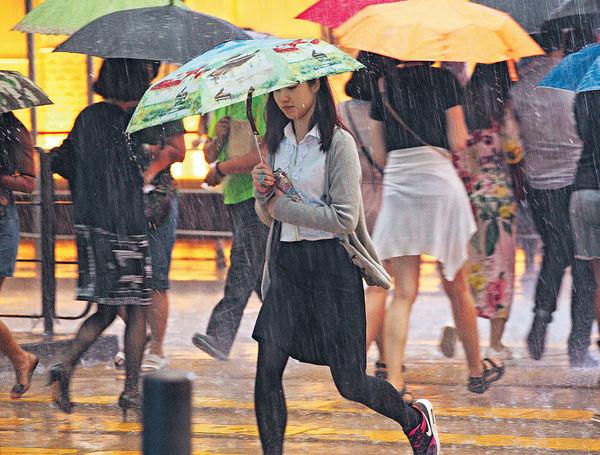 7月多雨 較正常增逾5成
