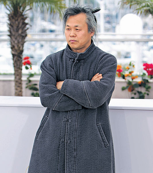 韓導演金基德 被控逼女星拍床戲
