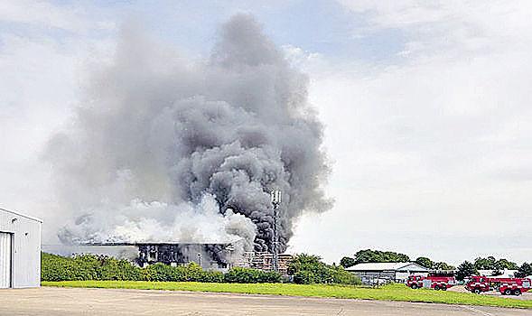 倫敦第三大機場 飛機庫爆炸