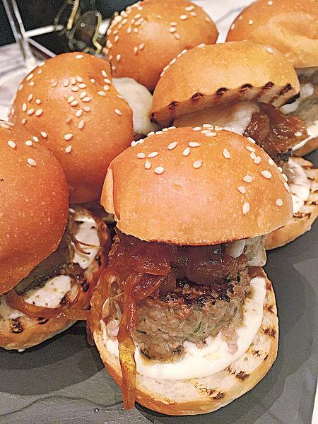 El Born迷你洋蔥Burger