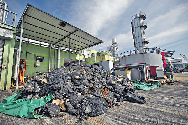 百噸棕櫚硬脂轉化60噸柴油