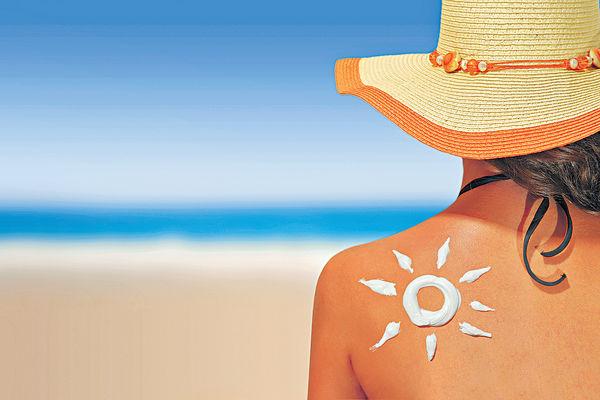 35%防曬霜類雌激素超標 防曬系數愈高愈危