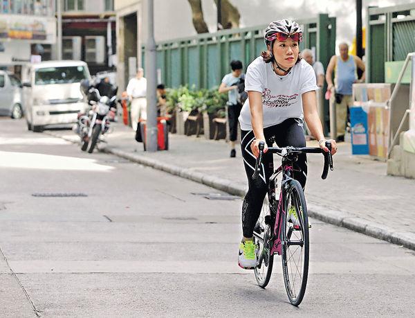 上屆單車節30里賽僅一半人完成 鐵血女車神教路 留前鬥後