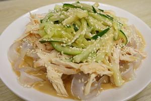 【涼拌食譜】夏日消暑小菜  醒胃麻醬雞絲粉皮