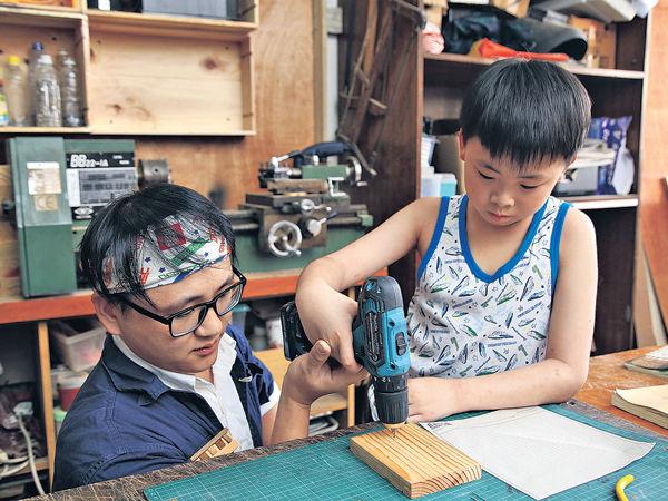 手作木頭玩意 啟動創意與韌力