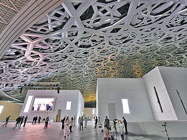 「聯繫歐洲與阿拉伯」 羅浮宮阿聯酋分館揭幕