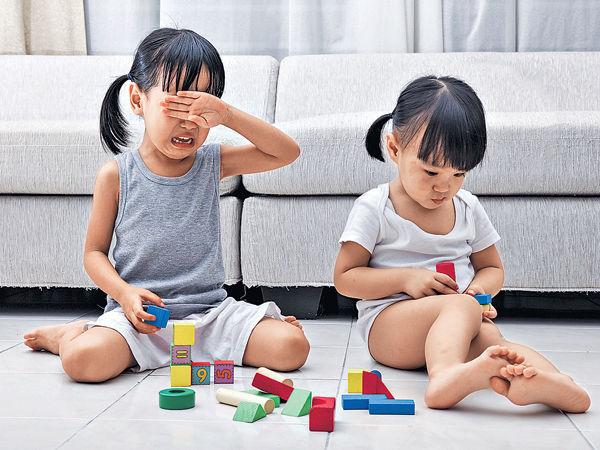 處理幼兒情緒 先認同後引導