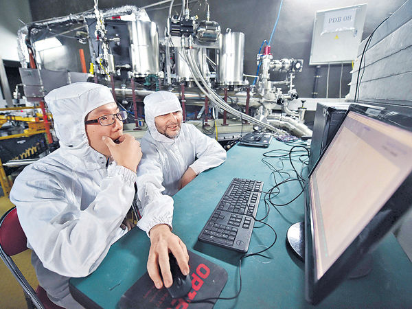 量子電腦解超複雜運算 AI背後功臣