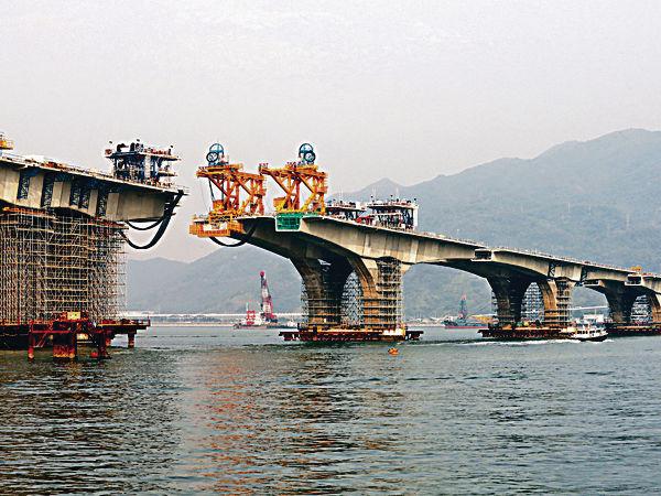 港珠澳主橋超支百億 3地分擔