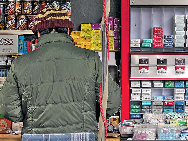 8成人支持加煙稅 委員會倡倍增