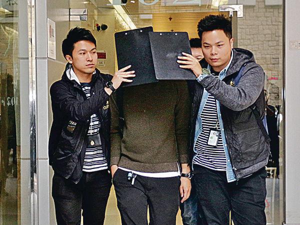 海關拘裝修公司2人 加費劏客威脅停工