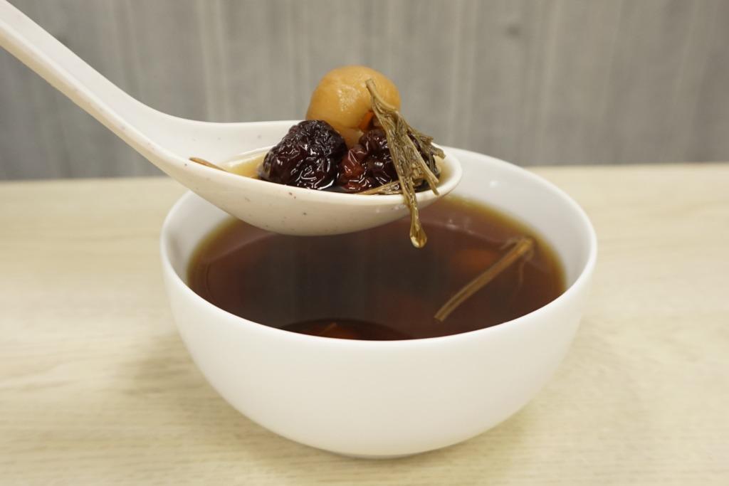 【女人湯水】調經補血恩物  益母草紅糖桂圓湯