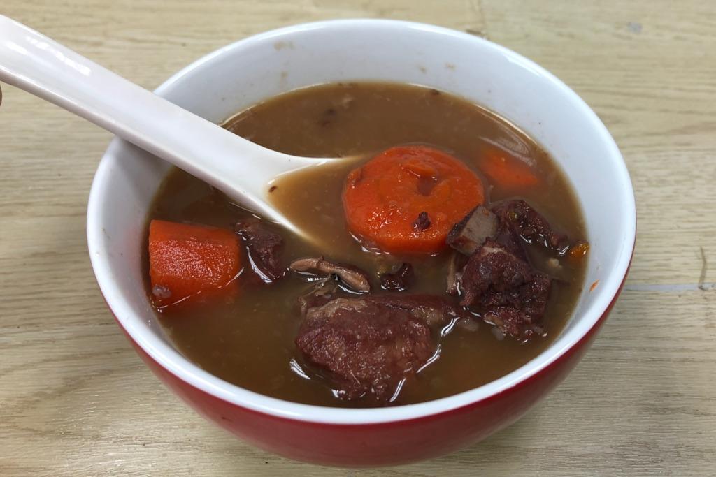 【袪濕湯水】健脾胃 袪濕氣 粉葛眉豆豬骨湯