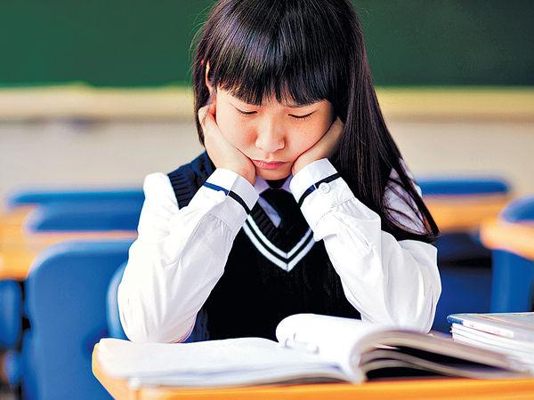 學生年級愈高 愈唔開心