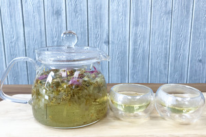 清肝潤肺+美白養顏  玫瑰菊花桂花茶