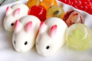【台灣美食】台灣夜市人氣甜品 震騰騰兔仔寒天奶凍