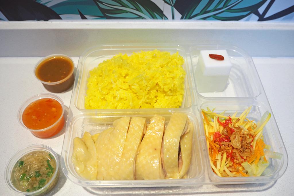【上環美食】泰港混血女生開外賣店 泰北風味嫩滑海南雞飯+秘製泰式麵豉醬
