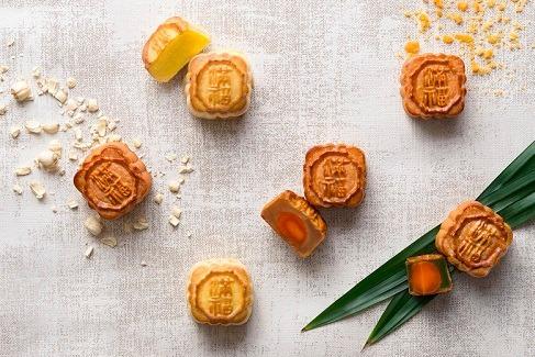 萬麗海景酒店手工月餅慶中秋 全新口味榴槤月餅登場