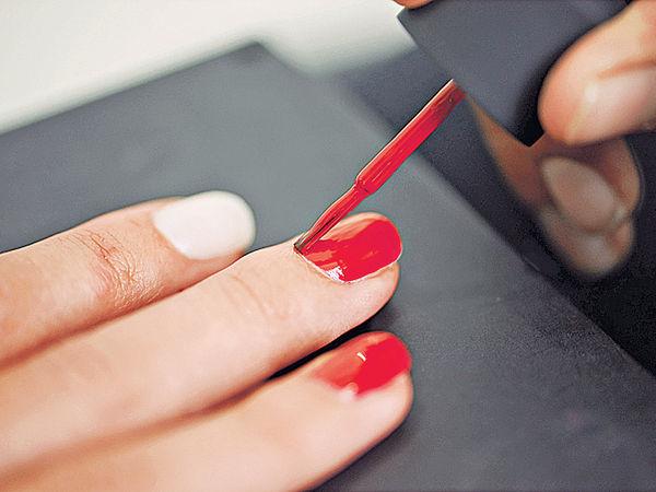 指甲油含化學物 恐致癌不孕