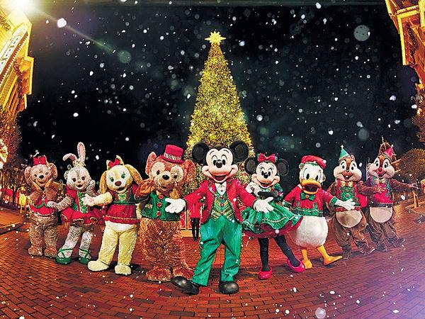 迪士尼冬日雪國 米奇90派對 歌舞助興