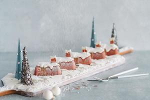 【聖誕自助餐2018】紅磡酒店推白色聖誕主題自助餐 精緻聖誕甜品/環球冰鎮海鮮