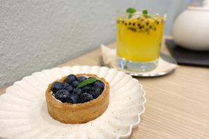 西營盤新開簡約Cafe提供素食選擇!店內自家製蛋糕/純素甜點