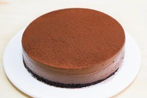 【蛋糕食譜】新手都做到!超簡易免焗蛋糕食譜  特濃朱古力慕絲蛋糕