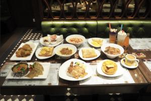【中環美食】4層高港式懷舊茶餐廳「中環茶記」 招牌厚切爆汁豬扒/秘製咖喱飯