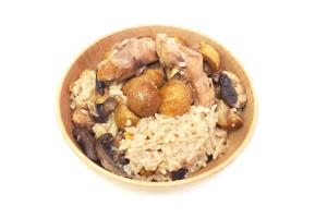 【電飯煲食譜】暖笠笠懶人電飯煲食譜 3步搞掂栗子麻油雞煲仔飯