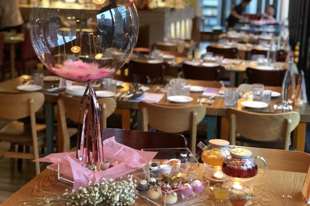 【中環Cafe】情人節好去處!中環Cafe推告白氣球主題下午茶  食勻12款夢幻粉紅鹹甜點