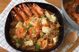 【減肥食譜】低卡高蛋白減肥海鮮餐  鮮蝦豆腐煲